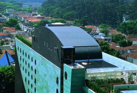 Imagem do hotel Unique, um dos projeto de Ruy Ohtake em São Paulo